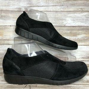 Munro Olympia 9N Black Suede Mesh Comfort Loafer